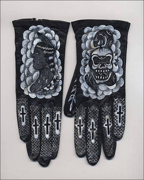 Ellen Greene gloves